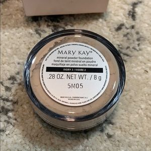 Mary Kay Makeup - Mary Kay Mineral Powder Foundation